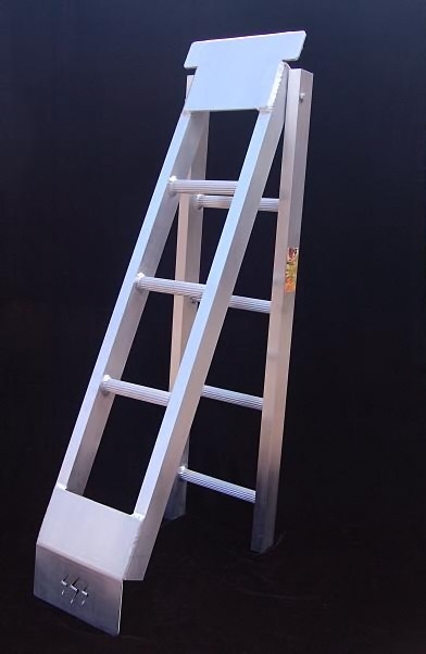 High Quality Picture Of Ramps   Light Duty Fold Up Ladder Type